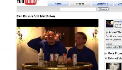 Holenderski przebój karnawału wyśmiewa Polaków