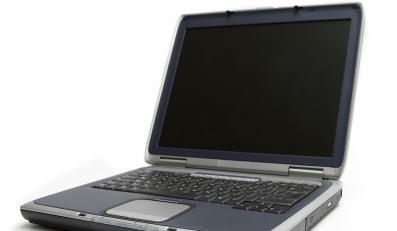 Dziwna seria wypadków wśród służbowych laptopów trwa