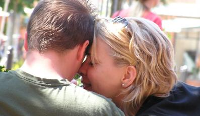 Miłość to tylko skutek chemicznych reakcji?