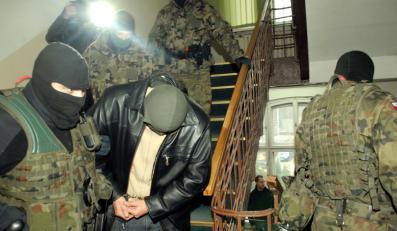 Oskarżeni o ostrzelanie wioski Nangar Khel żołnierze znów są jedynie podejrzanymi