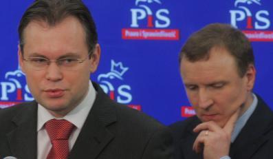 Kurski i Mularczyk dotąd nie wystąpili o wydanie im certyfikatów dostępu do tajemnic