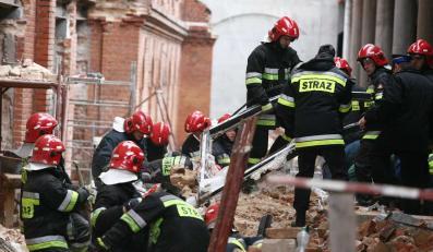 Jedna osoba zginęła pod gruzami białostockiej galerii