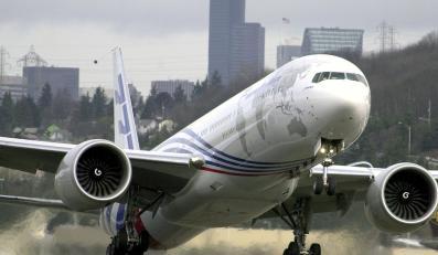 Silniki samolotów zagazowują pasażerów