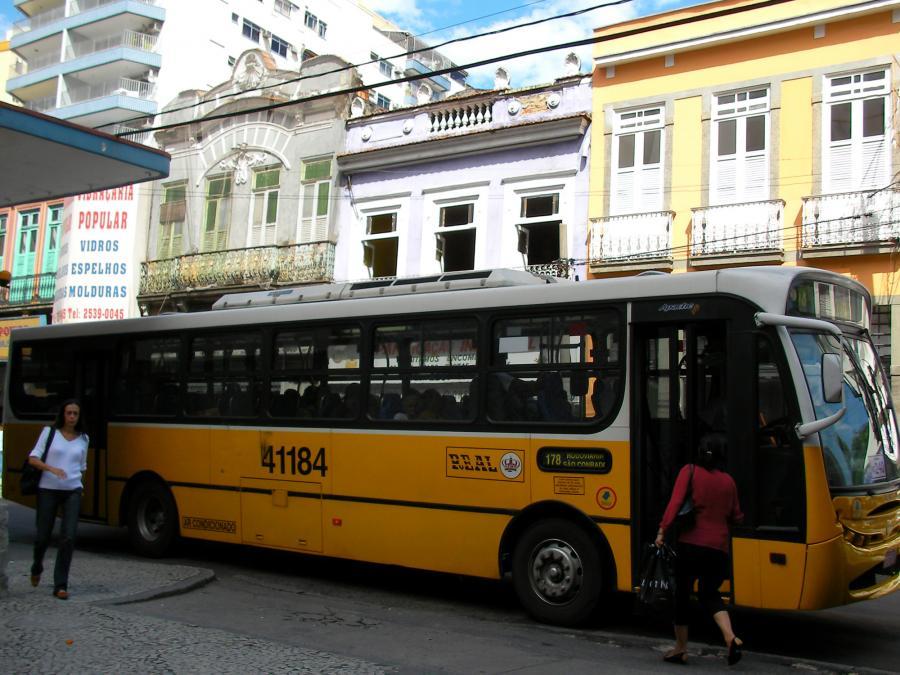 Jeden z kilku typów miejskich autobusów