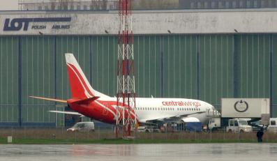 Samolot Centralwings boeing 737 - taka maszyna miała dziś kłopot z lądowaniem na Okęciu