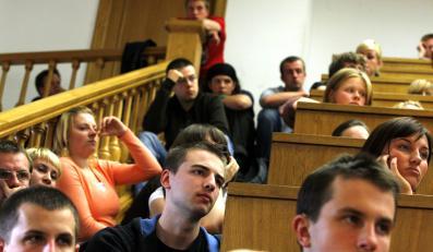 Uniwersytety produkują bezrobotnych