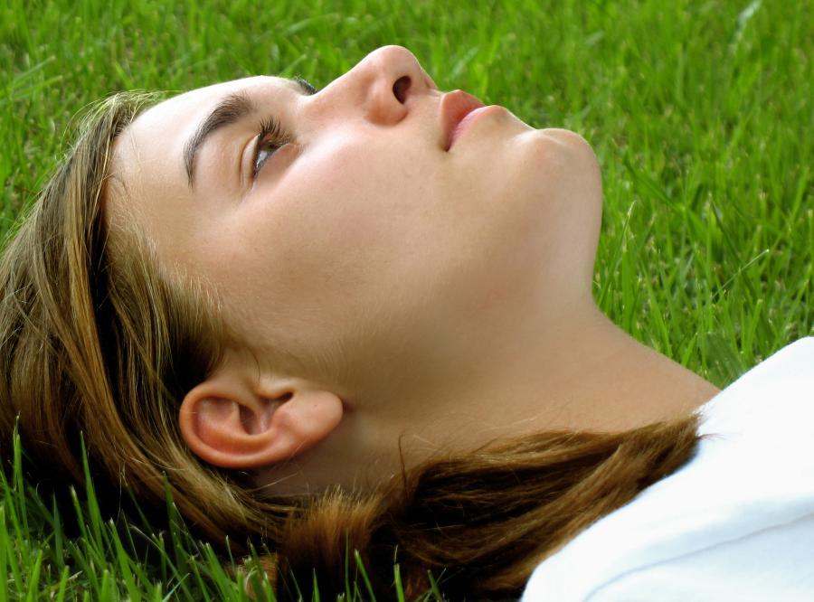 Spacer sposobem na walkę z weekendową migrenę
