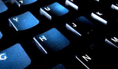 Haker naciągnął firmę na milion złotych