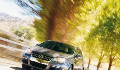 Volkswagen i Honda wykryły groźne wady w swoich samochodach