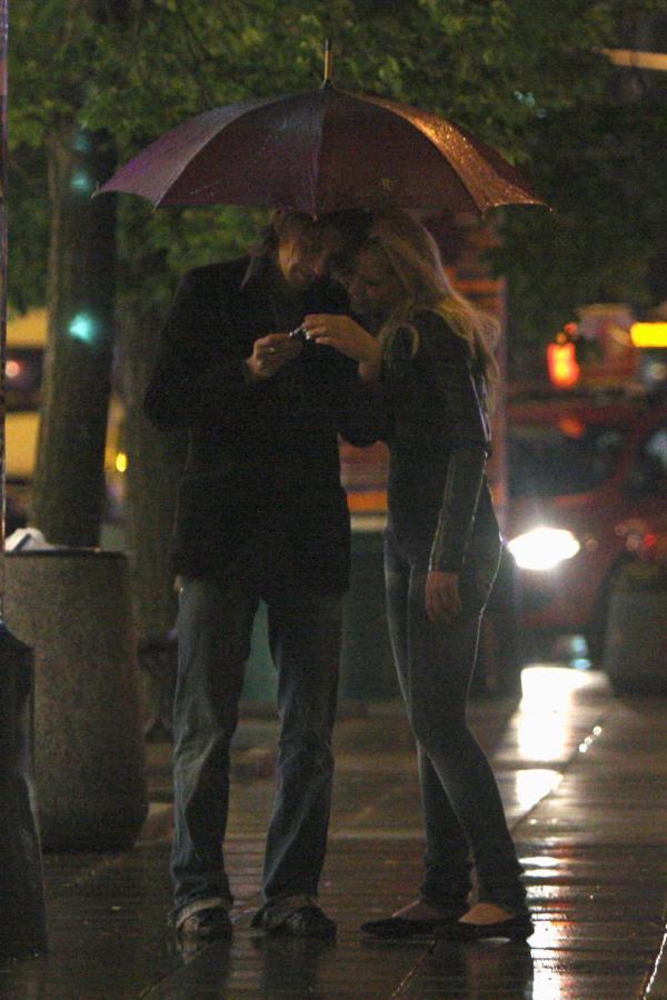 Euzebiusz Smolarek i jego ukochana Thirza van Giessen na romantycznym spacerze