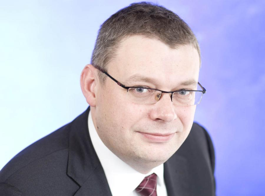 Marcin Piasecki: Odważniej z atomem