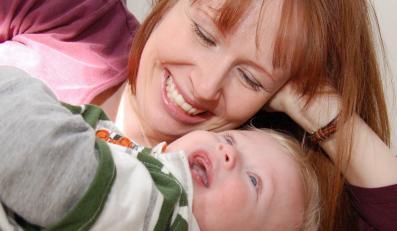 """Jak być szczęśliwą mamą? Dowiesz się ze spotkań w ramach akcji """"Szczęśliwa mama. Kobieta"""""""