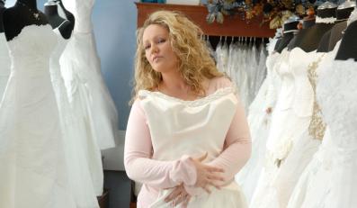 Brakuje weekendów - Kościół zezwoli na śluby w piątek