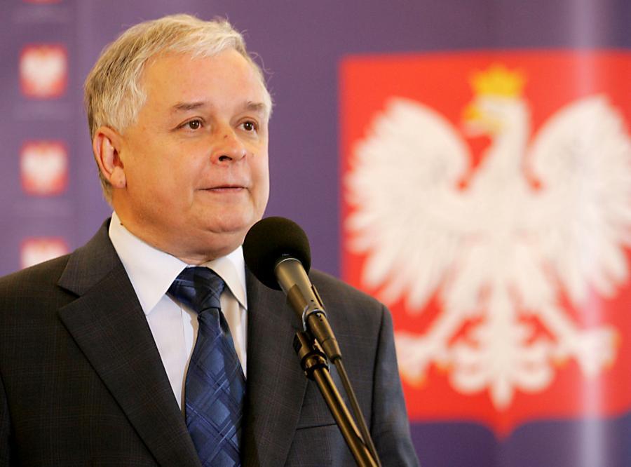 Prezydent Lech Kaczyński zapewnia, że jest zdrowym człowiekiem o dobrej, niesportowej, kondycji