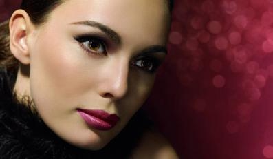 Baza pod makijaż gwarantuje gładką twarz