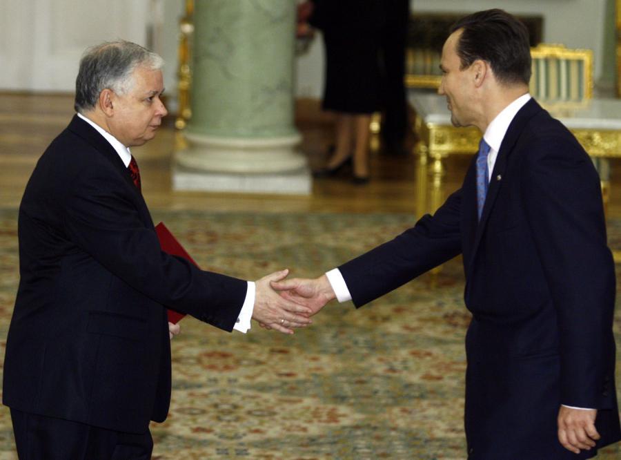 Prezydent i szef MSZ zakopali topór wojenny