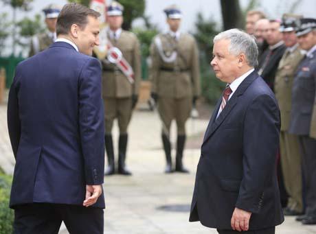 Sikorski ustąpił prezydentowi w sprawie ambasadorów