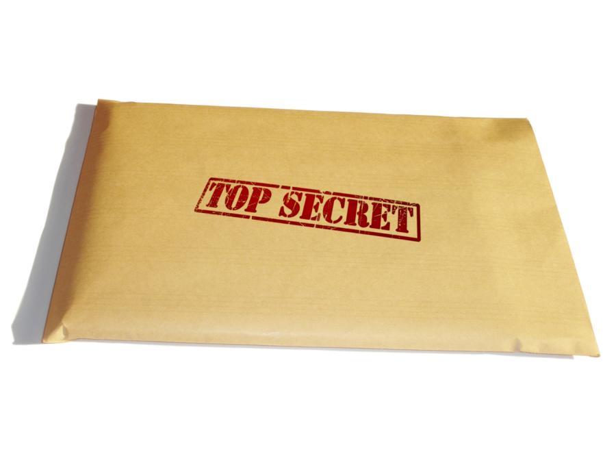 Brytyjczycy znów zgubili w pociągu tajne dokumenty