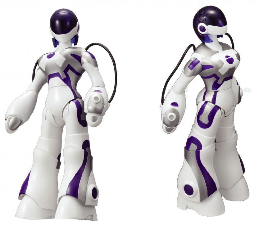 Seksowny robot uwielbia całować