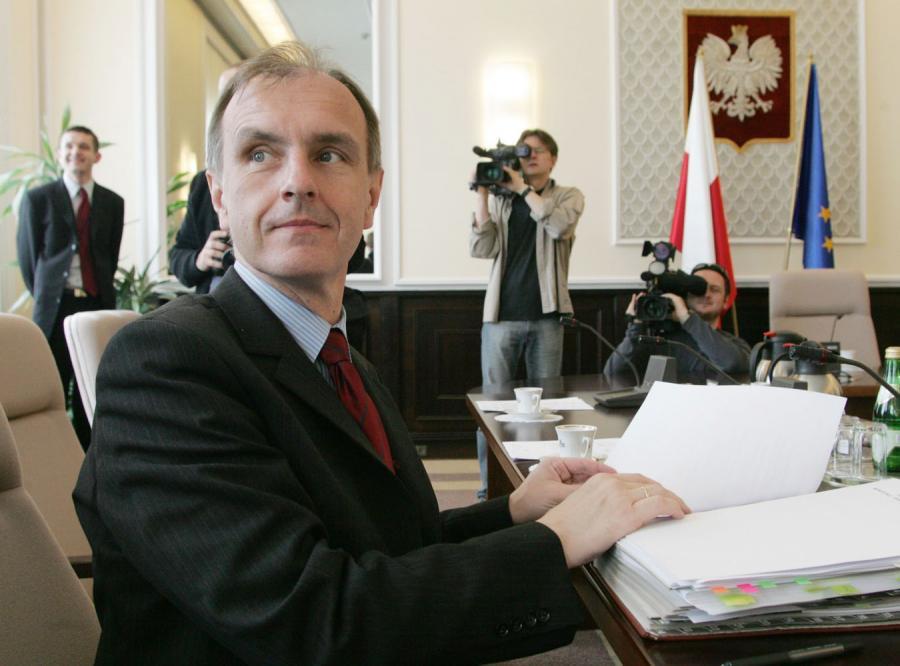 Minister Klich chce więcej limuzyn