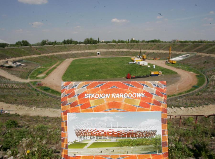 Największe kłopoty z organizacją Euro 2012 mają Warszawa i Chorzów