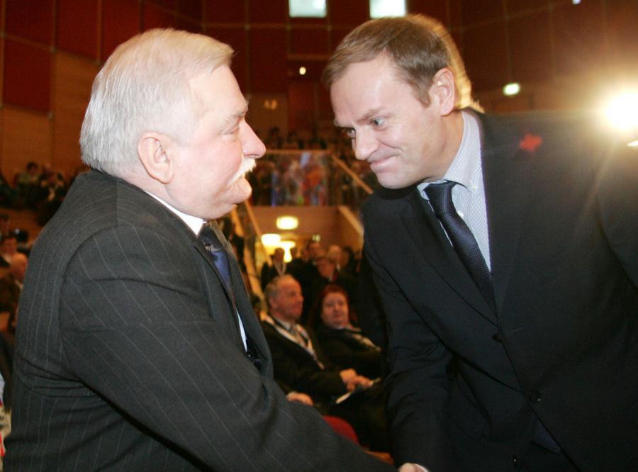 Tusk: Powiem Wałęsie, że nie jest sam