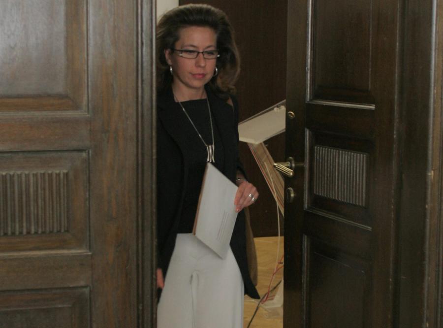 Prokurator Elżbieta Janicka musi ujawnić numer swego tajnego telefonu