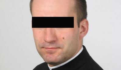 """""""Fakt"""": Ksiądz pedofil gwałcił 13-latkę"""