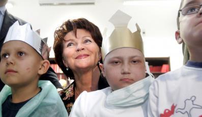 Fundacja Jolanty Kwaśniewskiej czysta jak łza