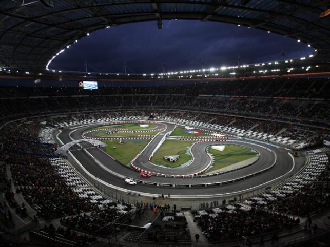 Niezwykła atmosfera wymieszana z rykiem silników to własnie Race of Champions