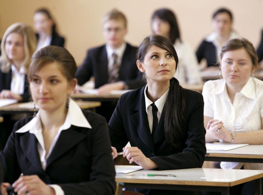 Co czwarta osoba przystępująca do tegorocznej matury nie będzie uczniem ostatniej klasy