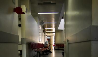 Norowirus atakuje Brytyjczyków. Na Wyspach zamknięto aż 60 oddziałów szpitalnych