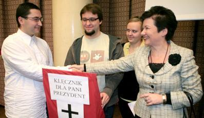 W preambule statutu Warszawy znalazło się odwołanie do Boga